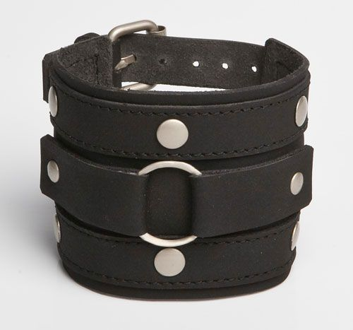 Ringlet black leather wristband